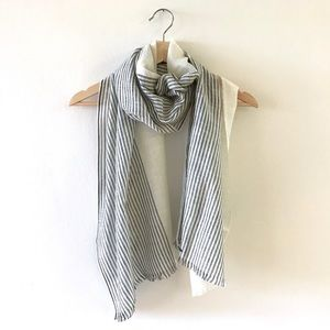 Everlane summer scarf in black and cream stripe